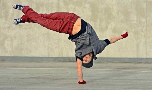 http://lamaisonquirendfou.com/wp-content/uploads/2019/04/inner_image_dance_01-640x379.jpg