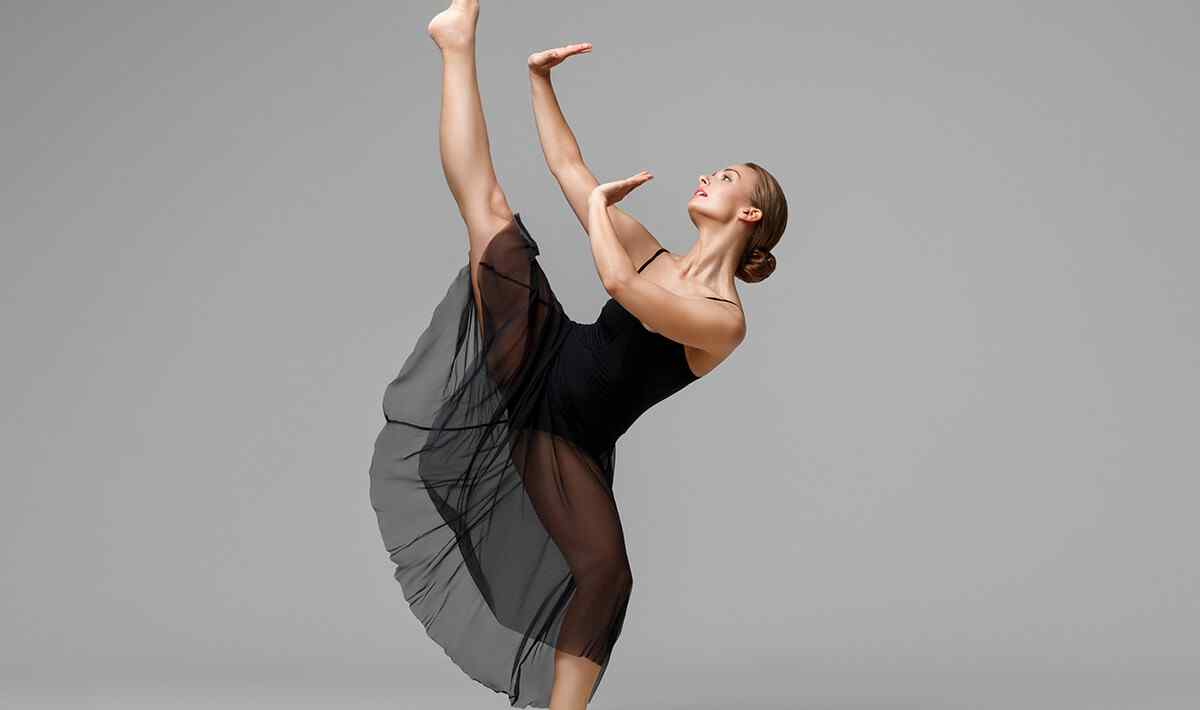 http://lamaisonquirendfou.com/wp-content/uploads/2019/04/inner_image_dance_09.jpg
